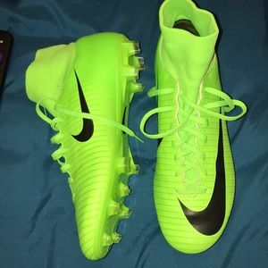 NIKE✅ soccer cleats!!